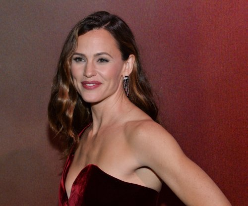Jennifer Garner to star in Lena Dunham's new HBO series