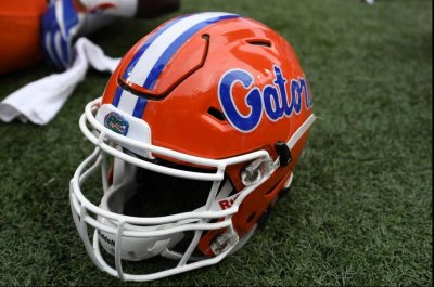 Mullen era begins with Florida hosting Charleston Southern
