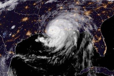 , Ida moves across Louisiana as strong storm, Forex-News, Forex-News