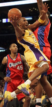 NBA: LA Lakers 99, LA Clippers 92