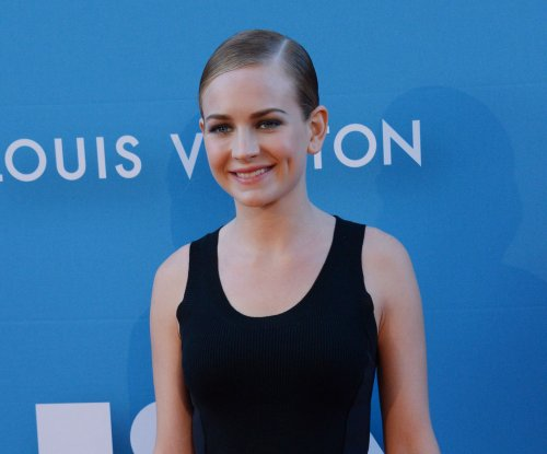 Britt Robertson to star in new Netflix comedy series 'Girlboss'