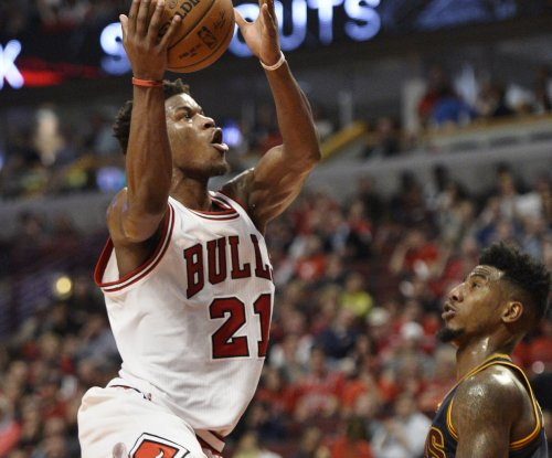 Jimmy Butler returns to help Chicago Bulls beat Toronto Raptors