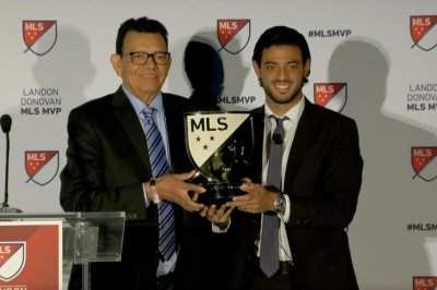 LAFC's Carlos Vela wins 2019 MLS MVP after record season