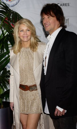 Heather Locklear vacations with ex Richie Sambora in Hawaii