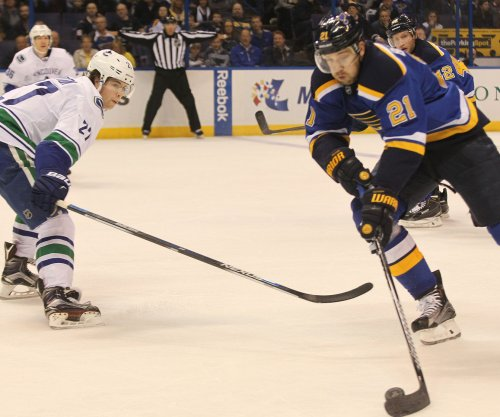 Vancouver Canucks ink D Ben Hutton to 2-year extension
