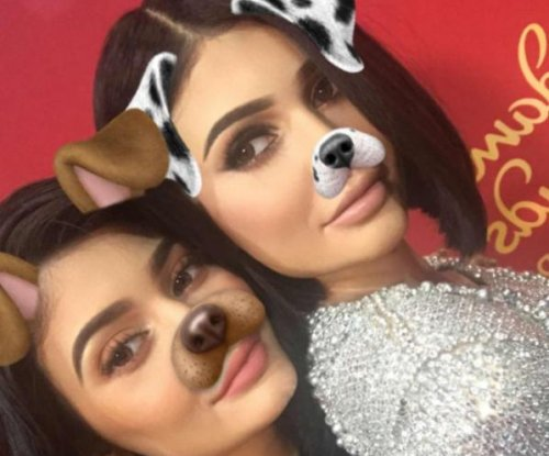 Kylie Jenner meets her Madame Tussauds wax figure