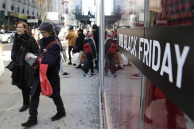 Black Friday online sales set record $6.22B, tracking service reports
