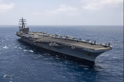 USS Eisenhower, USS Jacinto log record-breaking 161 days at sea
