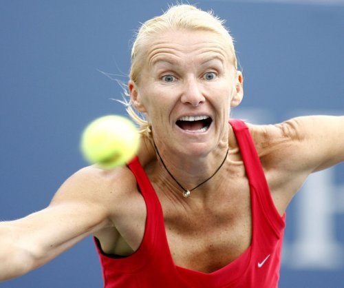 Jana Novotna: Former Wimbledon champ dead at 49