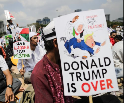 Thousands in Jakarta protest U.S. Embassy move to Jerusalem