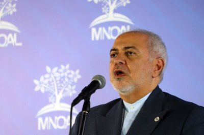 Iran's military condemns U.S. sanctions against foreign minister