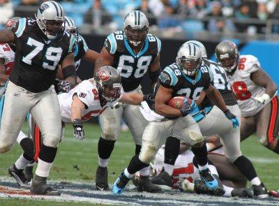 NFL: Carolina 16, Tampa Bay 6