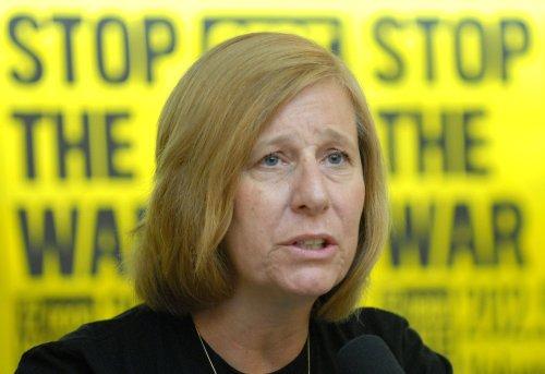 Anti-war activist to challenge Pelosi