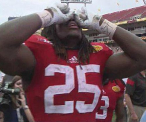 Wisconsin edges Auburn in OT at Outback Bowl
