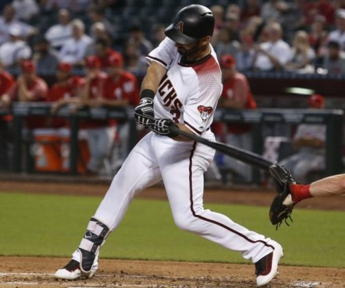 Chris Herrmann, Daniel Descalso fuel Arizona Diamondbacks past Philadelphia Phillies