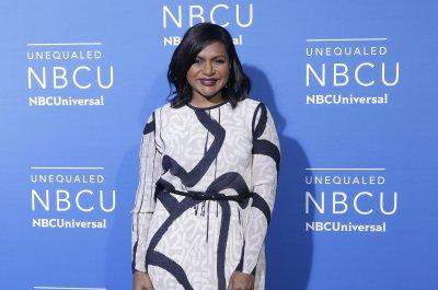 Oprah Winfrey says Mindy Kaling is five months pregnant
