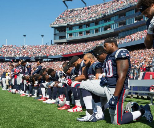 Sunday showdown: Every NFL player, owner reactions to Donald Trump from early games