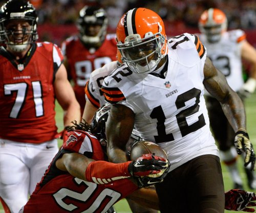 Browns WR Gordon will be exclusive-rights free agent