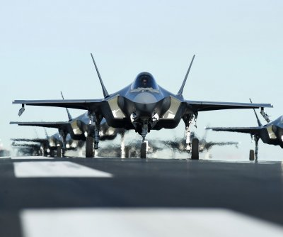Pentagon pushes F-35 testing, full-rate production to 2021