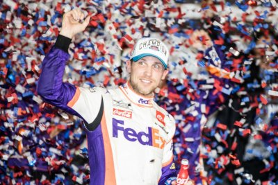 Favored Denny Hamlin hopes to make history at Daytona 500