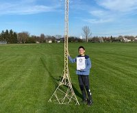 Illinois 12-year-old builds world's tallest popsicle stick structure