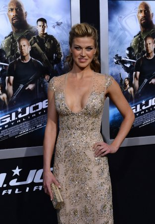 Adrianne Palicki to star as Mockingbird on 'Agents of SHIELD'