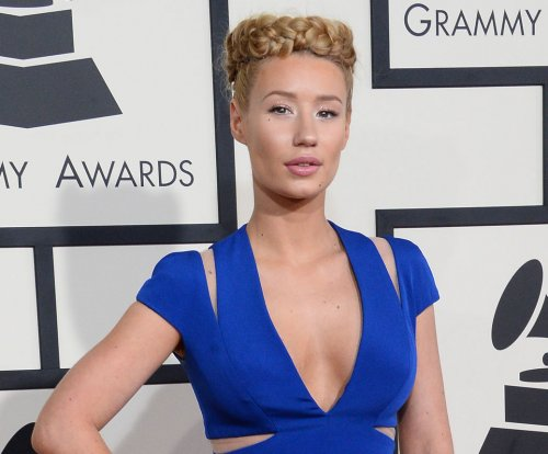 Iggy Azalea quits social media over online 'hatred and pettiness'