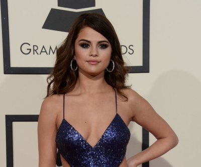 Selena Gomez becomes first user to reach 100M followers on Instagram