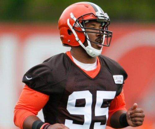 Top NFL draft pick Myles Garrett looking good in Cleveland Browns camp