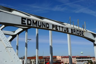 2020 Democratic candidates gather for Selma march anniversary