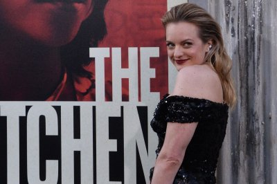 Elisabeth Moss laughs at her old 'Circus of the Stars' clip on 'Kimmel'