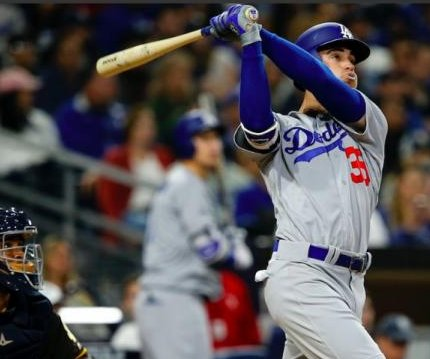 Rookie Cody Bellinger hits two homers as Los Angeles Dodgers beat San Diego Padres