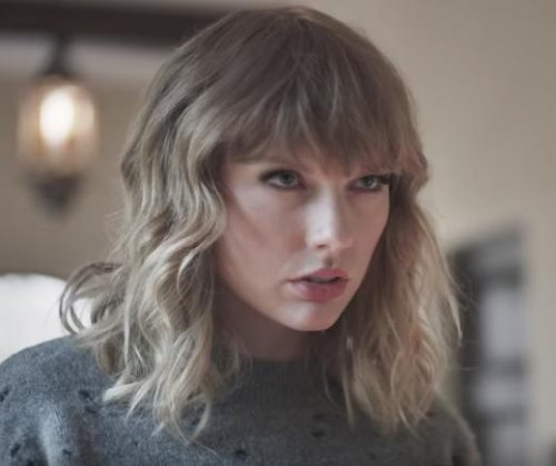 Taylor Swift fights Andy Samberg in AT&T-DirecTV ad