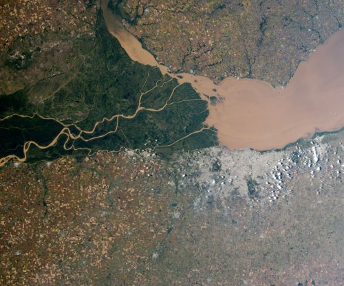 New model could predict sudden shifts in river deltas