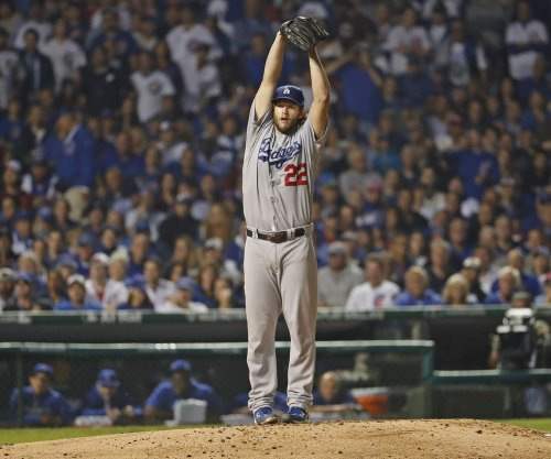 Clayton Kershaw pitches Los Angeles Dodgers to win over San Francisco Giants