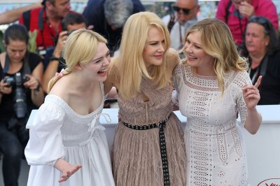 Nicole Kidman, Kirsten Dunst, Elle Fanning all smiles at Cannes