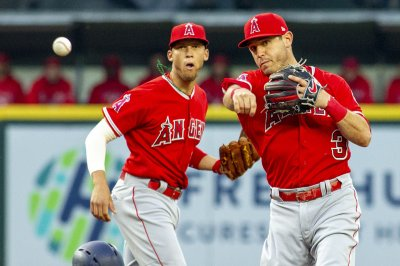 Ian Kinsler, Los Angeles Angels visit Seattle Mariners