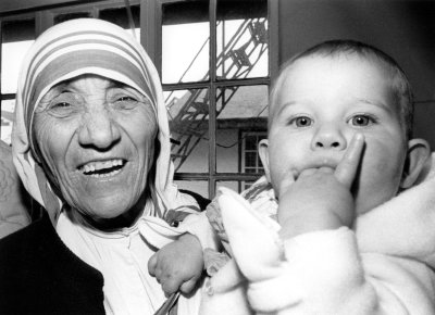 Albania wants Mother Teresa remains