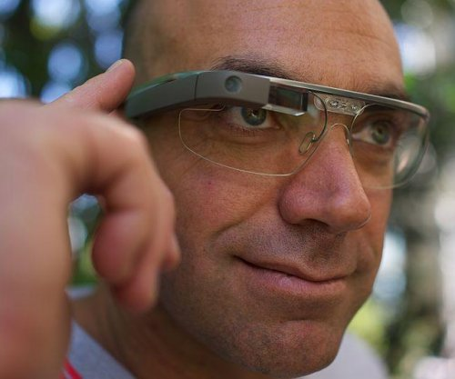 Google to halt sales of Google Glass, installs Nest founder to oversee development