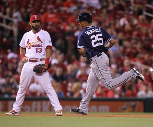 Venable, San Diego Padres pass St. Louis Cardinals