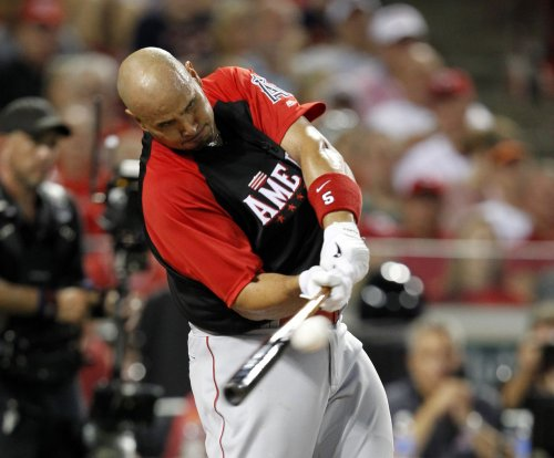 Los Angeles Angels 1B Albert Pujols recovering from foot surgery