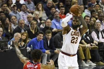 LeBron James, Cleveland Cavaliers play Philadelphia 76ers for playoff positioning