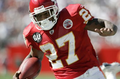 Chiefs release Larry Johnson