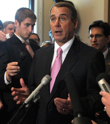 Boehner keeps House GOP leadership post