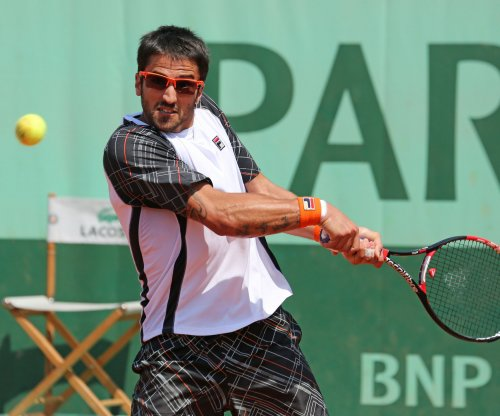 Tipsarevic claims 2nd-round win in Bangkok