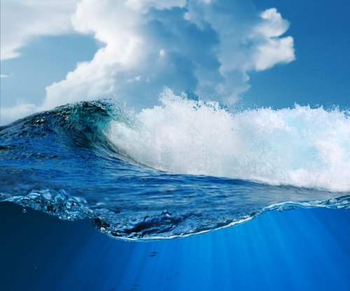 Researchers find new link between ocean microbes and atmosphere