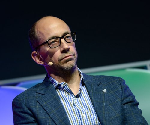 Twitter CEO Dick Costolo resigns amid slumping share prices