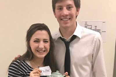 Look: 'The Office' fan uses teapot to ask girl to prom   UPI.com