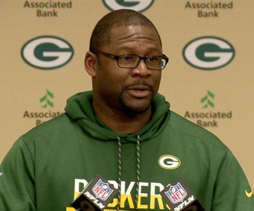 Green Bay Packers dismiss OC Bennett, QB coach Van Pelt