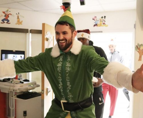 Kevin Love has stellar Buddy the Elf cameo at children's hospital
